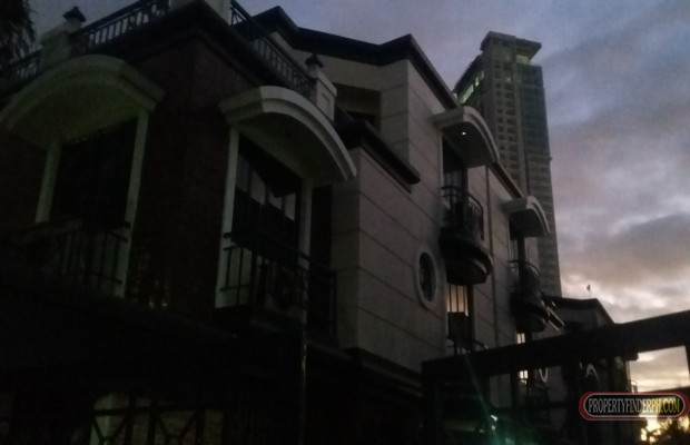 Photo #1 House and Lot for rent in Metro Manila, Quezon City