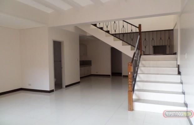 Photo #3 Townhouse for rent in Metro Manila, Parañaque