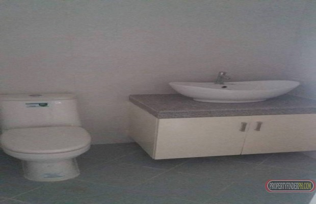 Photo #8 House and Lot for sale in Metro Manila, Las Piñas